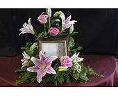 Music Box with Lilies in Brownsburg IN, Queen Anne's Lace Flowers & Gifts