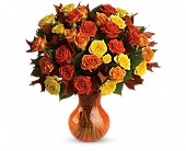 Teleflora's Fabulous Fall Roses in Kalispell MT, Woodland Floral & Gifts