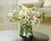 White Bouquet in Smyrna GA, Floral Creations Florist