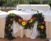 Sweetheart Table Garland in Campbell, California, Jeannettes Flowers