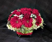 Washington Flowers - Festive Winter Bouquet - Greenworks By Shane Floral, Inc.