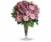 A La Mode Bouquet with Long Stemmed Roses in Buffalo Grove IL, Blooming Grove Flowers & Gifts