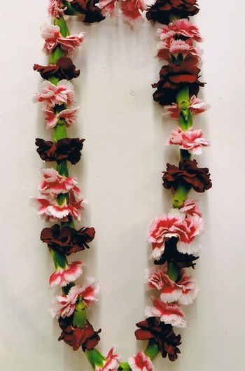 Single Mini Carnation Lei in Cerritos CA, The White Lotus Florist