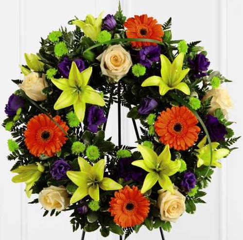 FTD� Radiant Remembrance� Wreath in Nationwide MI, Wesley Berry Florist, Inc.