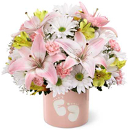 FTD� Sweet Dreams� Bouquet - Girl in Nationwide MI, Wesley Berry Florist, Inc.