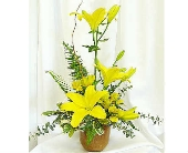Sunny Lily Bouquet in Warren MI, Downing's Flowers & Gifts Inc.