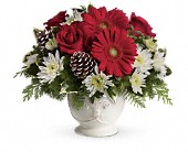 Teleflora's Simply Merry Centerpiece in Toronto ON, LEASIDE FLOWERS & GIFTS