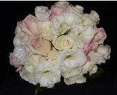 Blushing Bride in Westfield IN, Union Street Flowers & Gifts