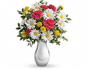 Just Tickled Bouquet by Teleflora in Harlan KY, Coming Up Roses