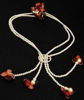 floral necklace in Bothell WA, The Bothell Florist