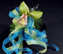 orchid arm cuff in Bothell WA, The Bothell Florist