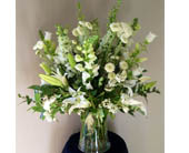 White Arrangements in Carmichael, California, Bettay's Flowers
