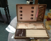 Jewelry Box in New Castle PA, Butz Flowers & Gifts