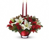 Syracuse Flowers - Teleflora's Crimson Glow Centerpiece - Creative Flower & Gift Shop