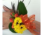 Daisy Corsage in Pleasanton, California, Bloomies On Main LLC