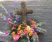 FF-Moss Cross in Ambridge, Pennsylvania, Heritage Floral Shoppe