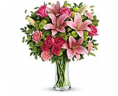 Dressed To Impress Bouquet in Largo FL, Rose Garden Flowers & Gifts, Inc