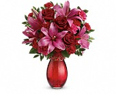 Teleflora's Crimson Kisses Bouquet