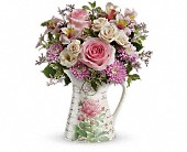 Teleflora's Fill My Heart Bouquet in Houston TX, Fancy Flowers