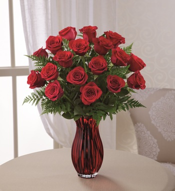 In Love with Red Roses in Chicago IL, Yera's Lake View Florist