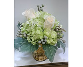 Wedding Centerpiece in Mississauga ON, Flowers By Uniquely Yours