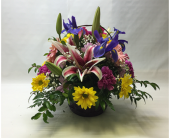 Filer's With Love Mixed Basket Bouquet