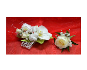 White Corsage & Boutonniere in Easton, Maryland, Robin's Nest
