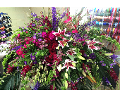 Casket Piece in Tuscaloosa, Alabama, Amy's Florist