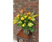 Hoover Flowers - Yellow mini callas & roses    - Continental Florist