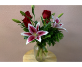 Stargazers & Roses in Cheyenne WY, Underwood Flowers & Gifts llc