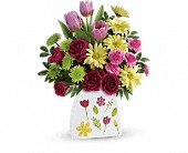 Oklahoma City Flowers - Teleflora's Make Their Daisies Bouquet - P.J.'s Flower & Gift Shop