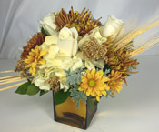 SOFT & CHIC by Rubrums in Ossining NY, Rubrums Florist Ltd.