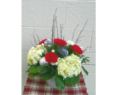 Red and White Christmas in Redmond WA, Bear Creek Florist
