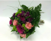 Fresh Bouquets in Belleville ON, Live, Love and Laugh Flowers, Antiques and Gifts