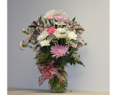 Love You Bunches Deluxe in Lewistown PA, Deihls' Flowers, Inc