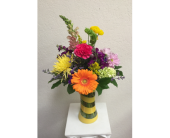 Warr Acres Flowers - Swirlled Vase - Flowers By Pat