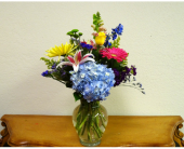 Warr Acres Flowers - Signature Vase - Flowers By Pat