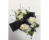 Black Faux Pearl Accents in Jensen Beach FL, Brandy's Flowers & Candies