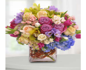 Indianapolis Flowers - Fit For A Queen - George Thomas, Inc.