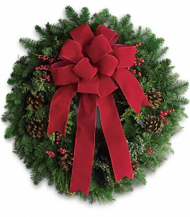 Classic Holiday Wreath in Perrysburg & Toledo OH - Ann Arbor MI OH, Ken's Flower Shops