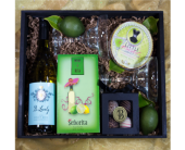 Wine-A-Rita Gift Basket in Reno NV, Bumblebee Blooms Flower Boutique