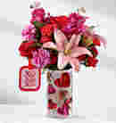 The Love You XO Bouquet by Hallmark in Sapulpa OK, Neal & Jean's Flowers & Gifts, Inc.