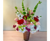 Mother's Love Bouquet in Vero Beach FL, Artistic First Florist