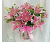 Lovely Lilies in Grand Rapids MN, Shaw Florists