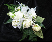 Spray Rose Corsage in Deerfield, Illinois, Swansons Blossom Shop