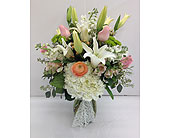 Delicate Surroundings in Smyrna GA, Floral Creations Florist