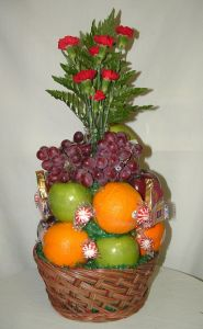 FRUIT BASKET in Salisbury MD, Kitty's Flowers