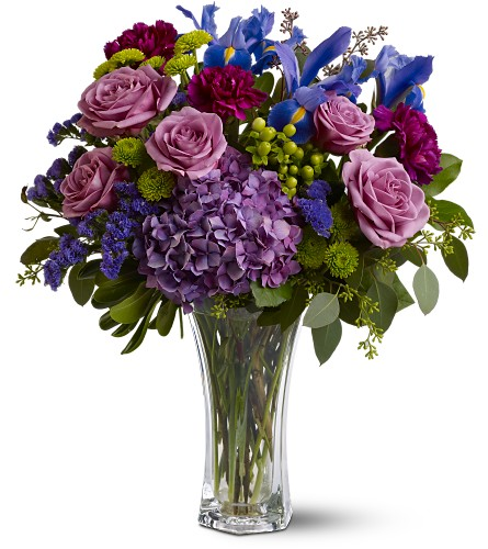 Manhattan Magic in Sayville NY, Sayville Flowers Inc