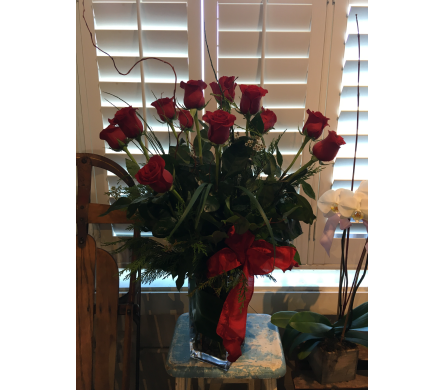 One Dozen Premium Red Roses in Napa CA, Beau Fleurs Napa Valley Flowers