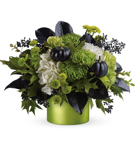 Teleflora's Wicked Bouquet in Eden Prairie MN, Belladonna Florist